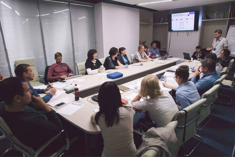 Российский экспортный центр запустил мониторинг условий экспортной деятельности в России