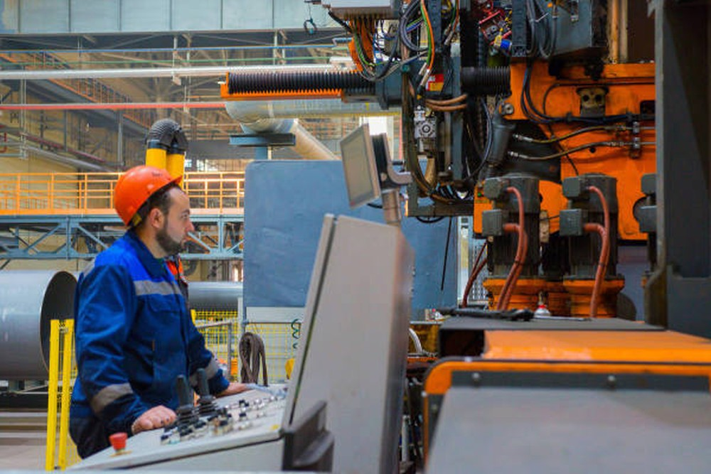 Ультразвуковое оборудование для трубопрокатной промышленности произведут в Череповце благодаря Центру гарантийного обеспечения МСП