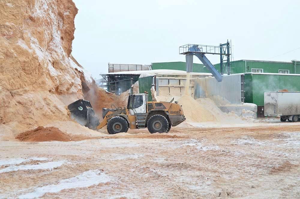Самое крупное в области производство топливных пеллет запустят в Харовском районе